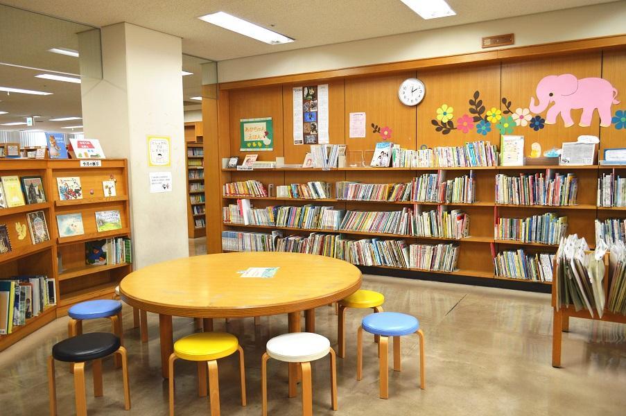 神戸市立灘図書館
