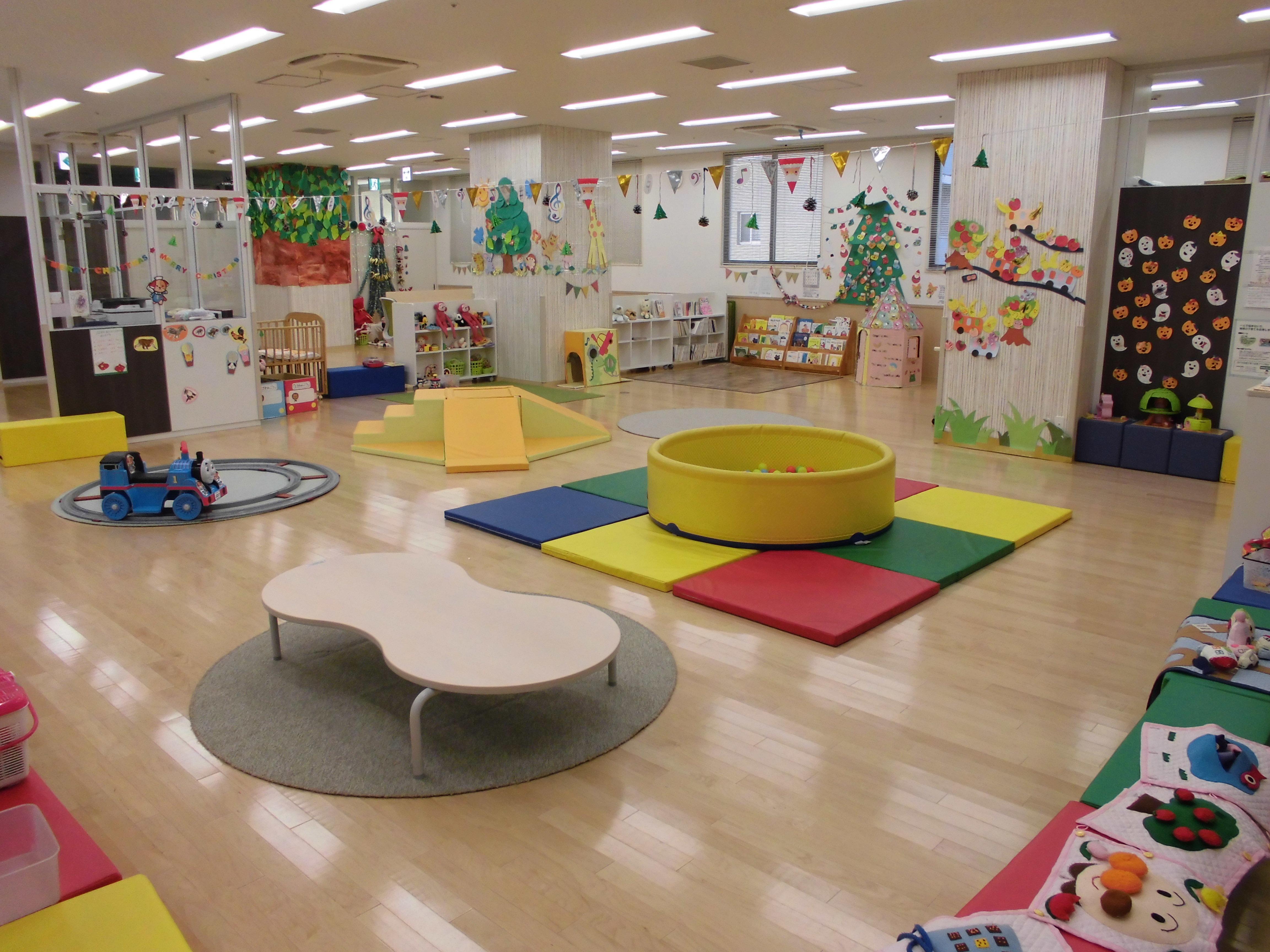 神戸常盤大学 子育て総合支援施設KIT